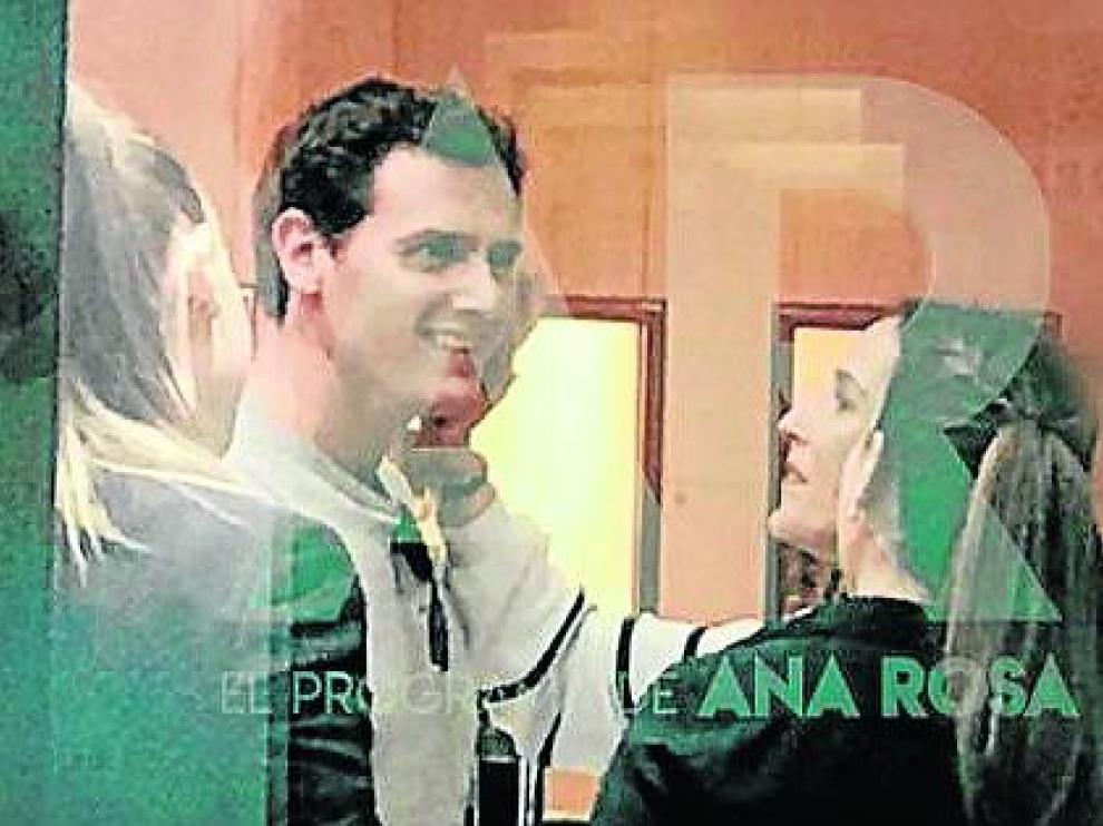 La imagen que confirma la relación del político Albert Rivera y la cantante Malú