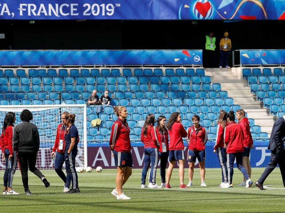 La selección española femenina de fútbol, en un entrenamiento.
