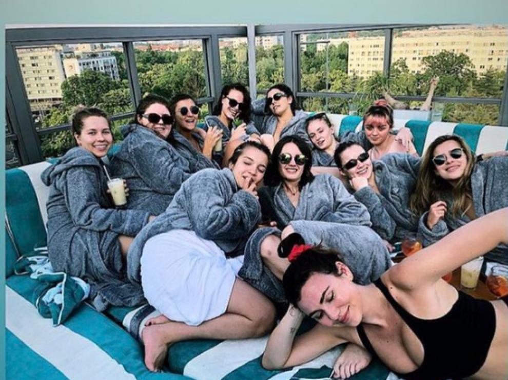 Sophie Turner disfruta junto a sus amigas en Benidorm.