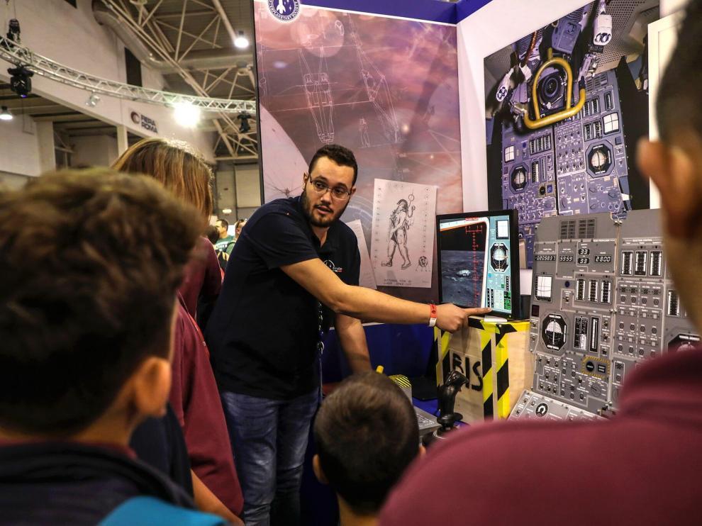 Además de ser un encuentro internacional, la Maker Faire está abierta al público general