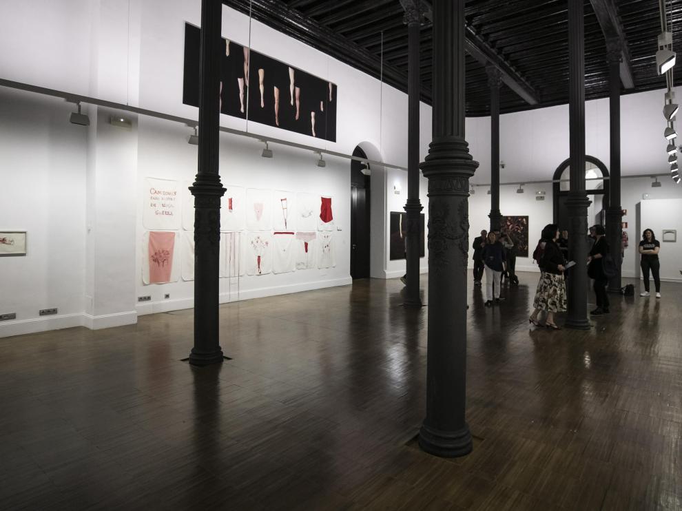 Una de las exposiciones, la de la pintor Lina Vila, en las que se realizarán visitas guiadas por la Noche en Blanco en el Paraninfo.