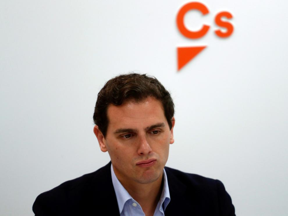 FILE PHOTO: Ciudadanos leader Albert Rivera sits at the start of an executive meeting at their headquarters the day after general elections, in Madrid, Spain, April 29, 2019. REUTERS/Susana Vera/File Photo [[[REUTERS VOCENTO]]] EU-POLITICS/MACRON-SPAIN