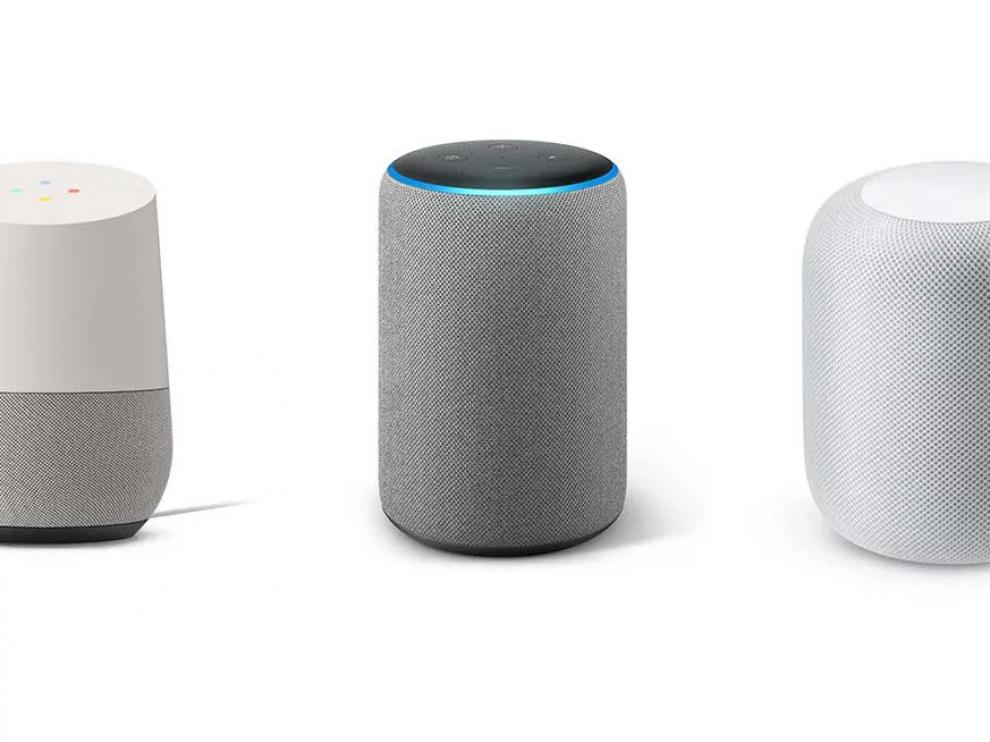 Amazon Alexa, Google Assistant y Siri de Apple