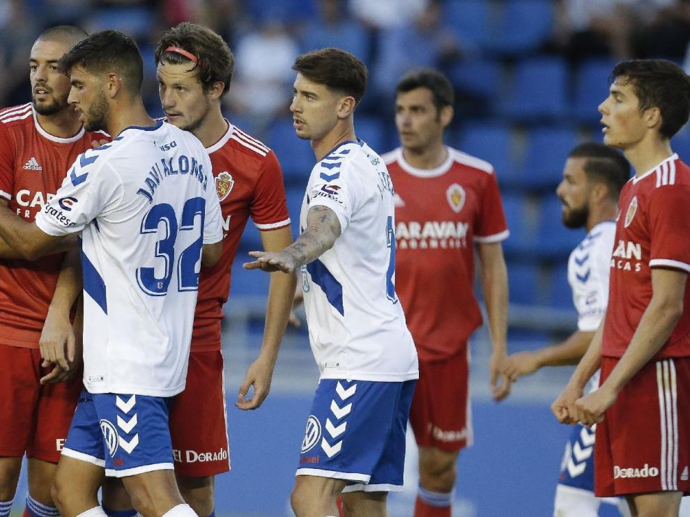 Verdasca, Gual, Dorado, Soro... en el último partido de la temporada recién concluida, la 2018-19, en Tenerife (derrota por 1-0). Es posible que en unas semanas ninguno de los cuatro sea propiedad del Real Zaragoza.