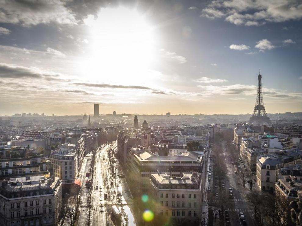 El incendio se produjo en un edificio del centro de la capital francesa