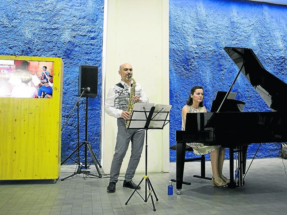 Mariano García y Aniana Jaime, durante el concierto del miércoles en el IAACC Pablo Serrano.