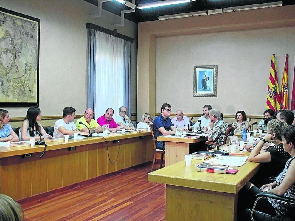 La corporación municipal celebró el primer pleno de la nueva legislatura en Alcañiz
