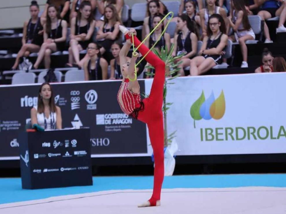 La aragonesa Alba Saiz (CEGRZ 1), a la finales con cuerda en categoría júnior