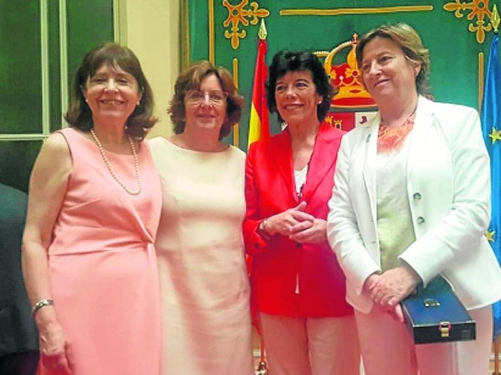 De izquierda a derecha, Berdún, la consejera Broto, la ministra Celaá y De la Vega.