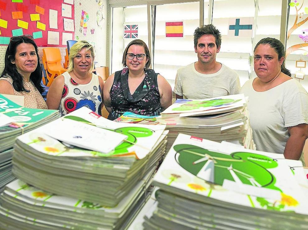 ARAGON PREPARATIVOS DE LOS NUEVOS BANCOS DE LIBROS COLEGIO CATALINA DE ARAGON / 04-07-2019 / FOTO: ARANZAZU NAVARRO [[[FOTOGRAFOS]]]
