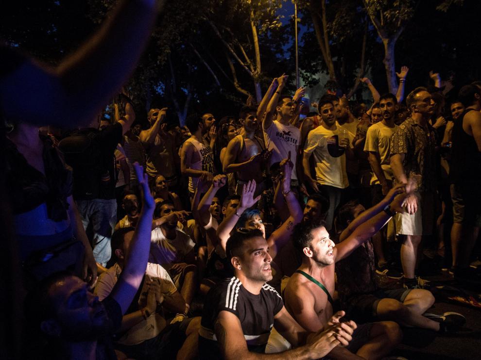 La Policía ha tenido que escoltar a los representantes de Cs que han permanecido bloqueados durante dos horas