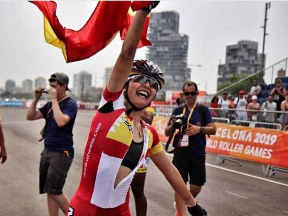 Nerea Langa, exultante tras ganar su primer oro mundial