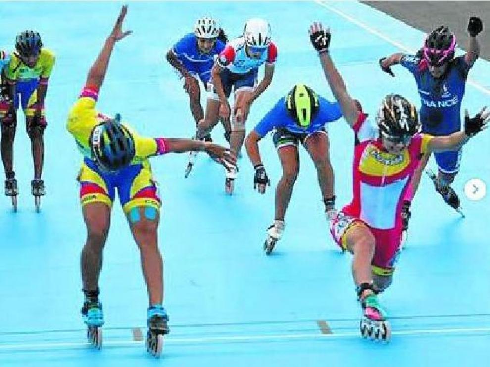 La colombiana Porto y la aragonesa Nerea Langa, en la final de 1.000 sprint.