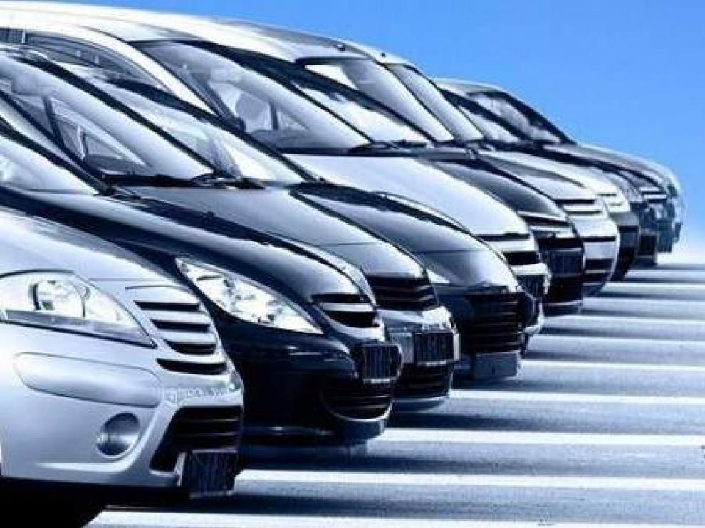 Vehículos de una empresa de alquiler de coches