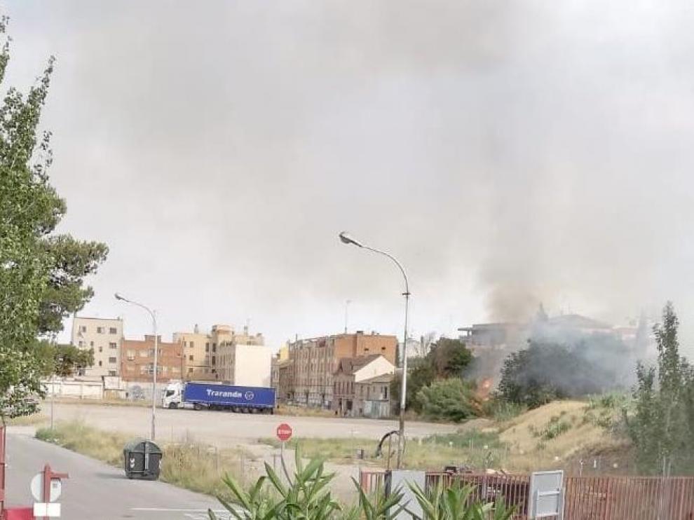 Pequeño incendio de matorral en Casetas.