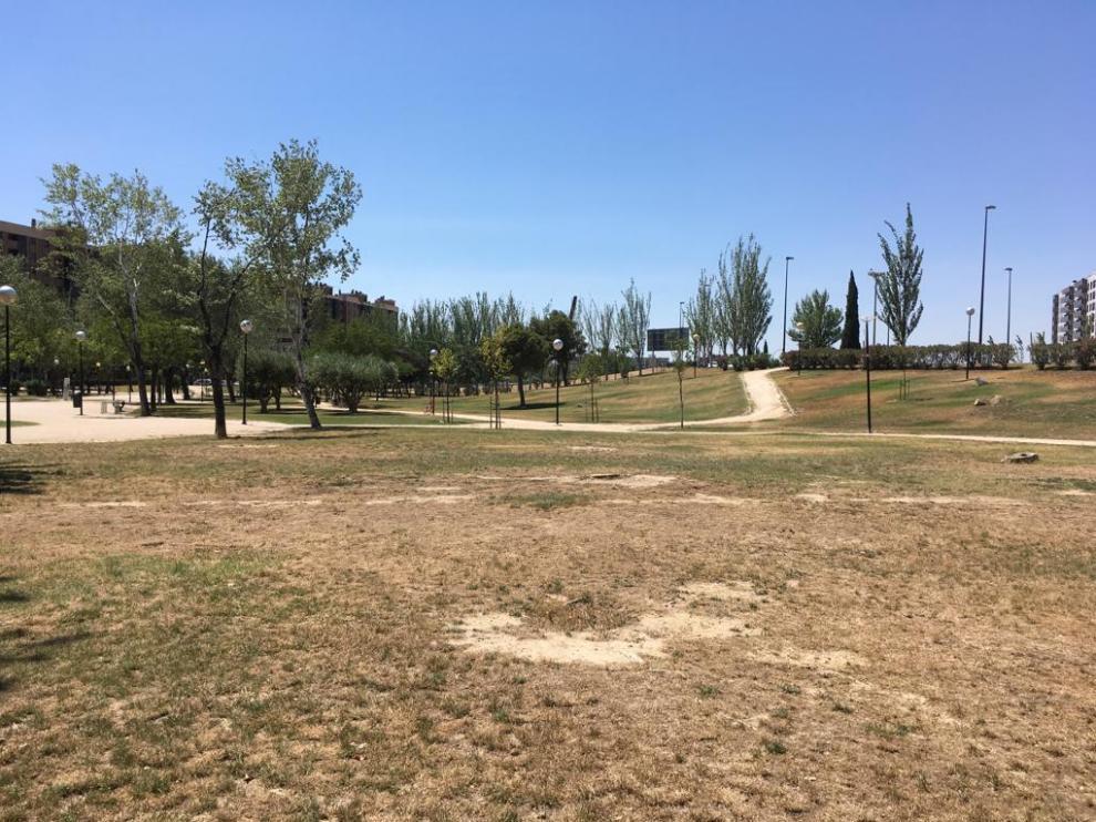 Estado que presenta el parque de Oriente