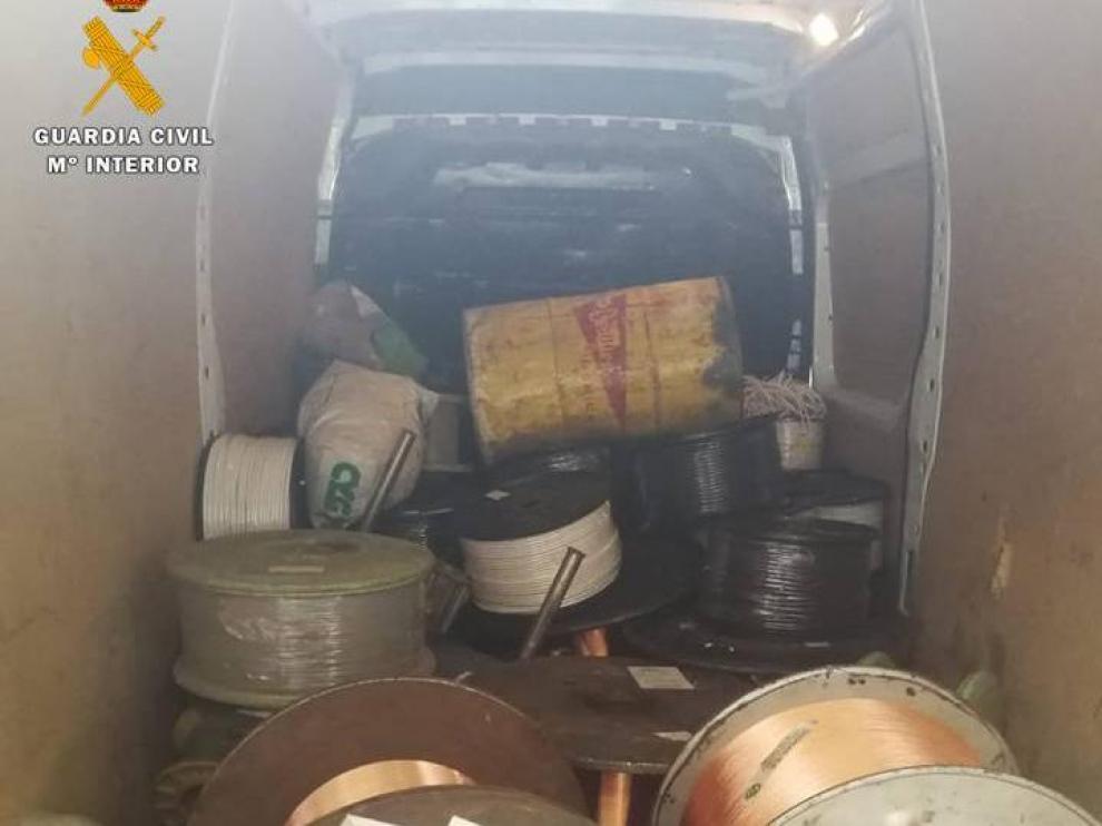 Pillados in fraganti cuando robaban en una empresa de Utebo
