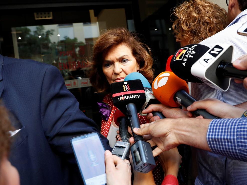 La vicepresidenta del Gobierno en funciones, Carmen Calvo, a su llegada a Ferraz para la reunión de la Ejecutiva del PSOE.