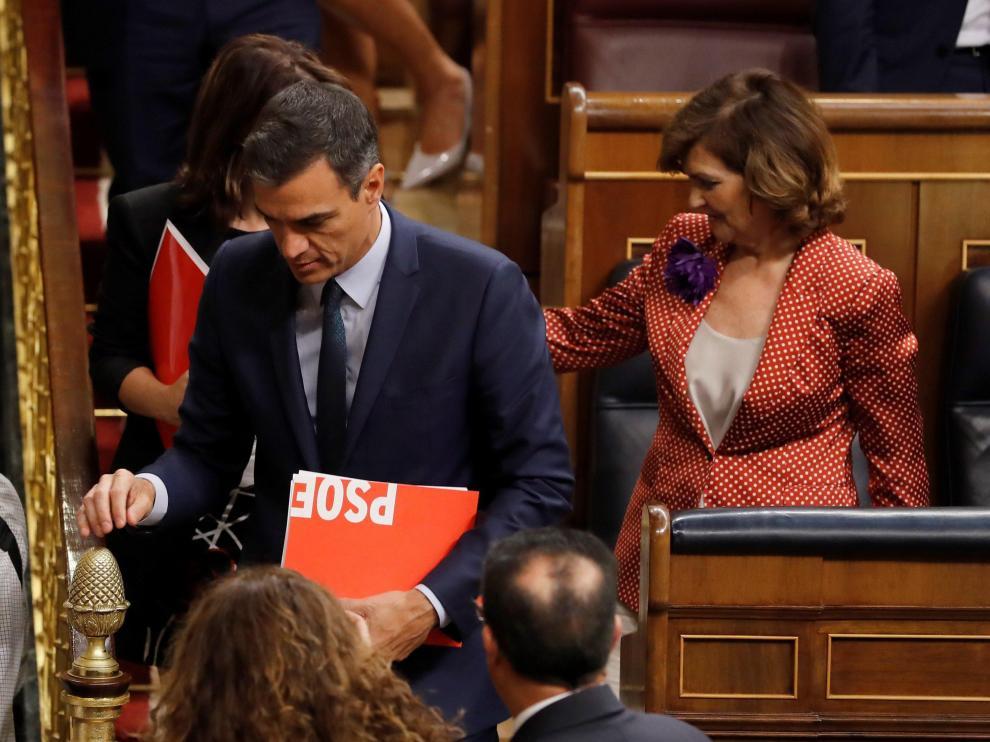 Pedro Sánchez abandona el hemiciclo.