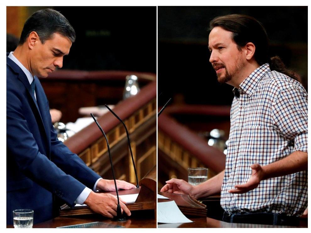 Sánchez e Iglesias durante el segundo debate de investidura.