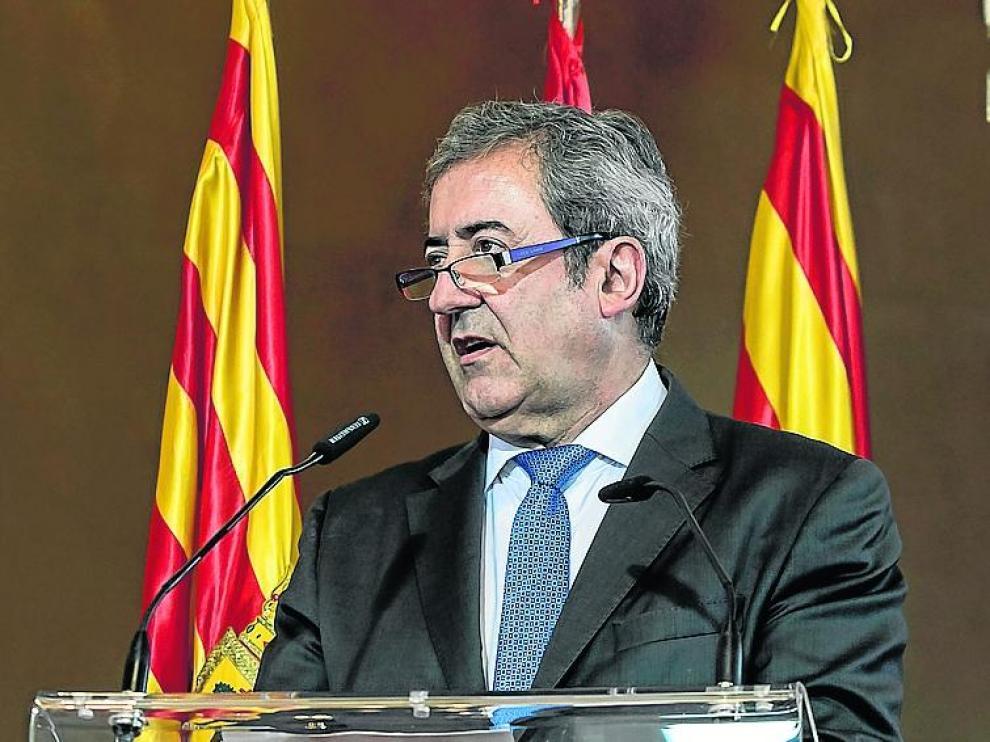 El fiscal Javier Zaragoza, en su discurso del Premio Aragón.