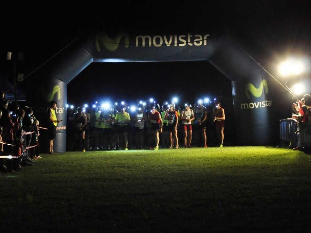 Participantes de la carrera momentos previos antes de comenzar.