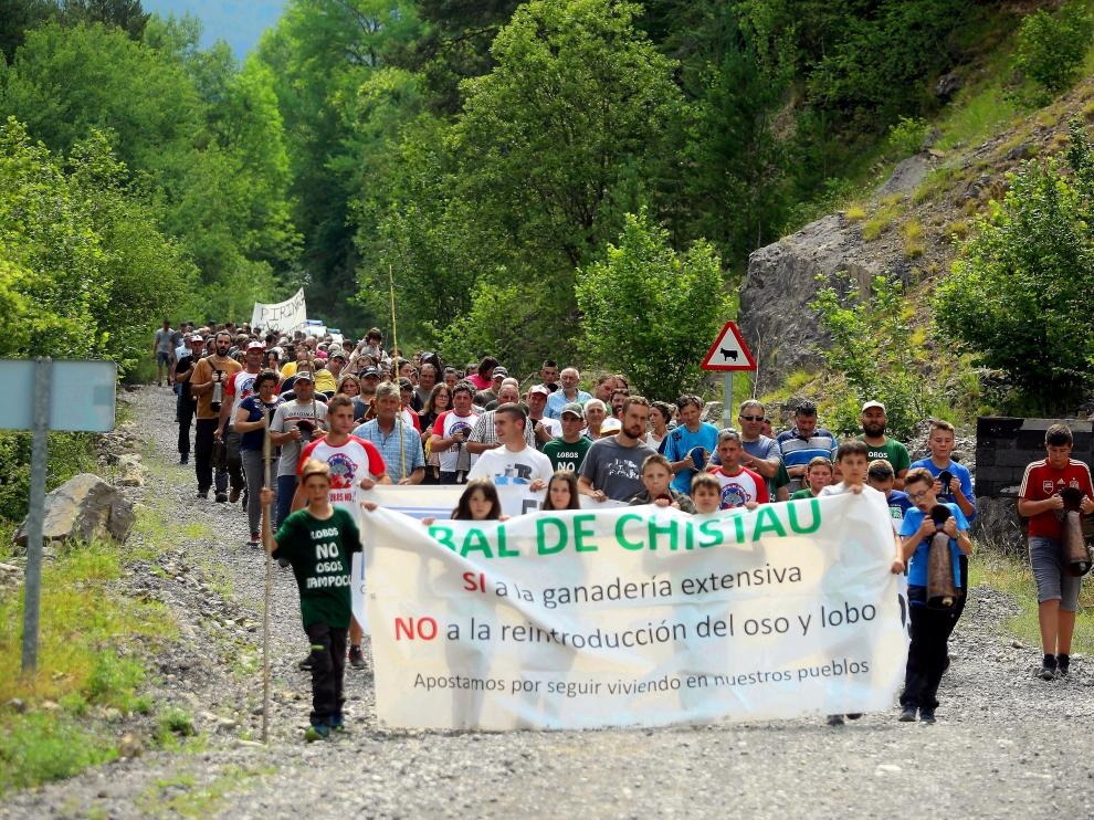 .. protesta contra el oso en plan..14 - 7 - 19..PABLO SEGURA PARDINA - [[[FOTOGRAFOS]]]