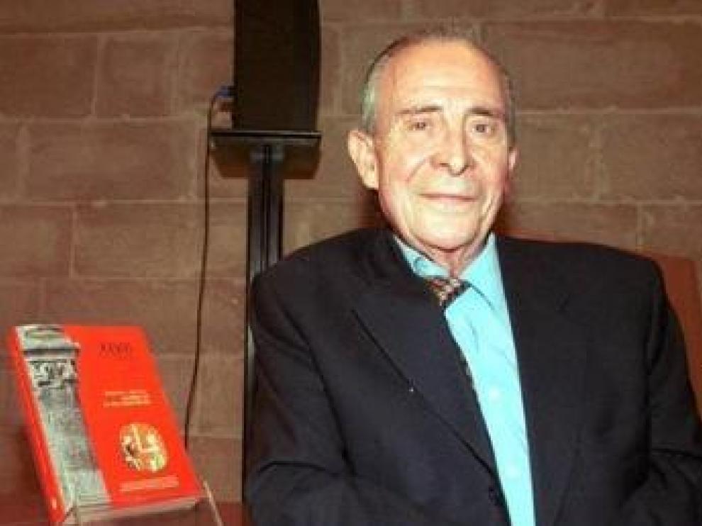 Ángel Martín Duque.