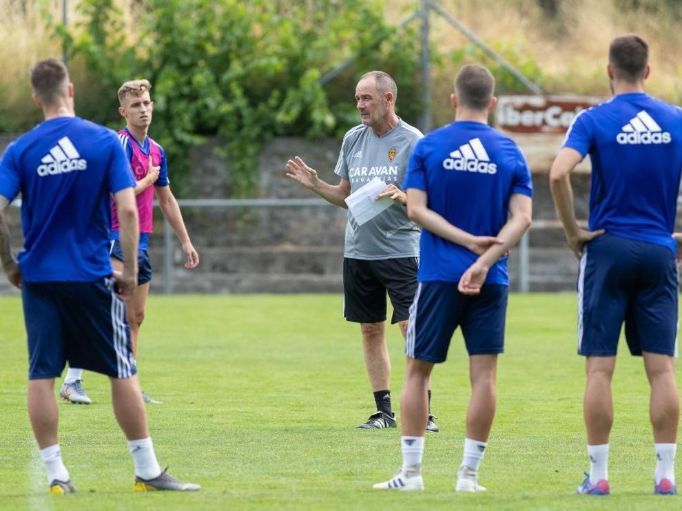 Inicio de la pretemporada en Boltaña, a mitad de julio, con las primeras órdenes de Víctor Fernández al equipo.