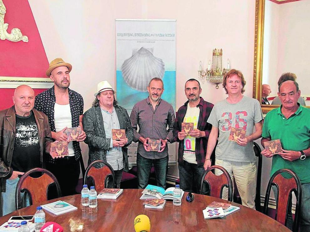 Músicos y responsables del proyecto de cooperación con el Festival L'Boulevard.