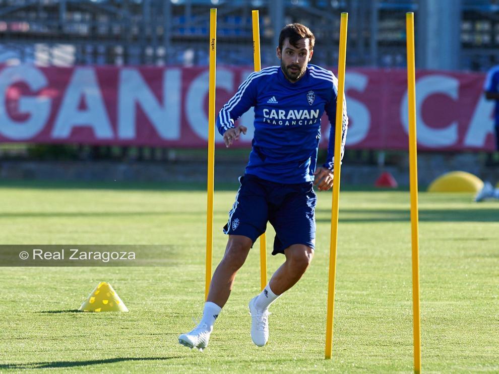 Alberto Guitián entrenando con el Real Zaragoza