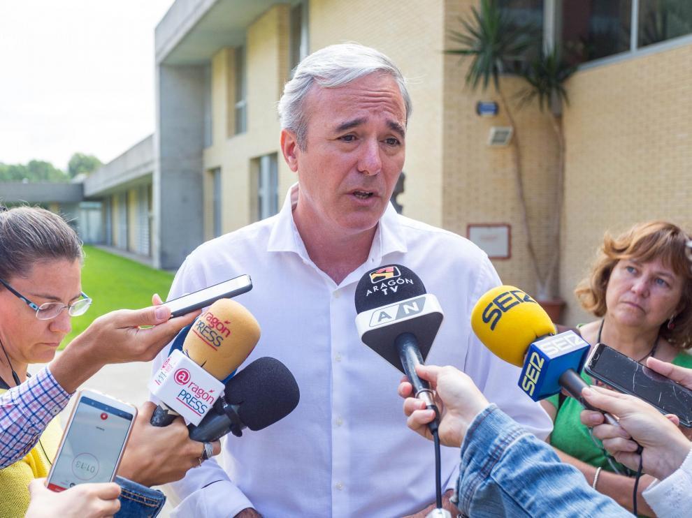Jorge Azcón, este martes por la mañana en Zaragoza