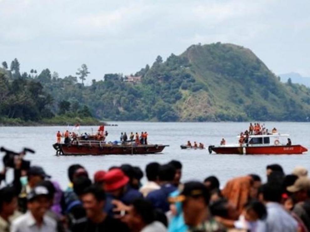 Incendio de un ferry en Indonesia.