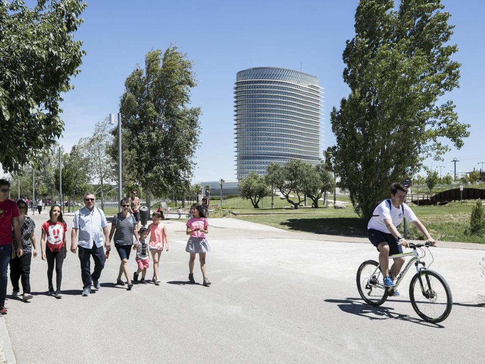 Vista del parque del Agua Luis Buñuel de Zaragoza.