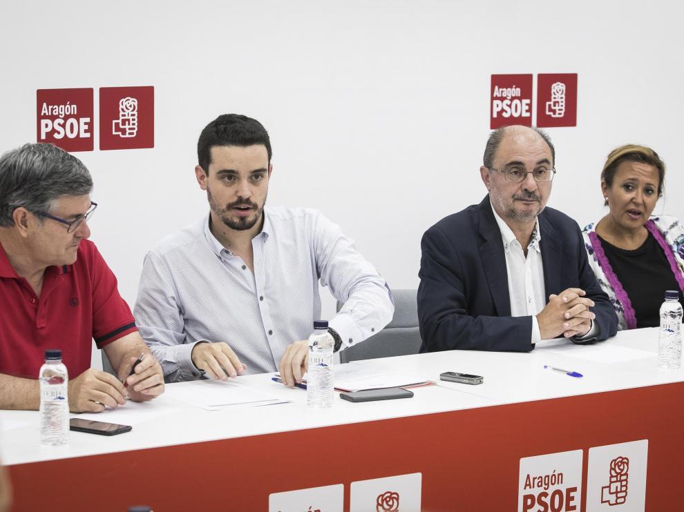 Vicente Guillén, Darío Villagrasa, Javier Lambán y Mayte Pérez, ayer en la ejecutiva del PSOE
