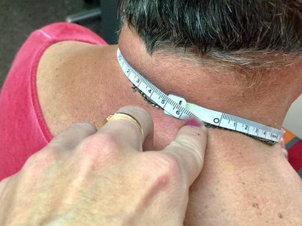 Los investigadores han descubierto que la circunferencia del cuello sirve de referencia para detectar posibles casos de malnutrición.