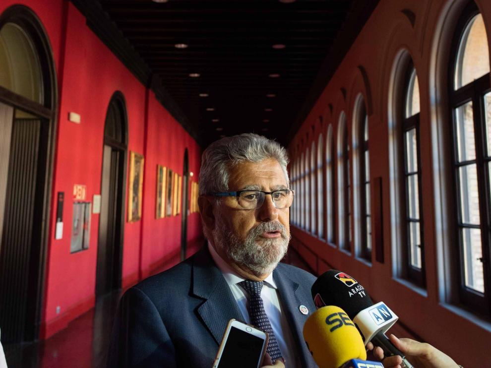 José Antonio Mayoral, rector de la Universidad de Zaragoza, en una reciente comparecencia ante los medios de comunicación.
