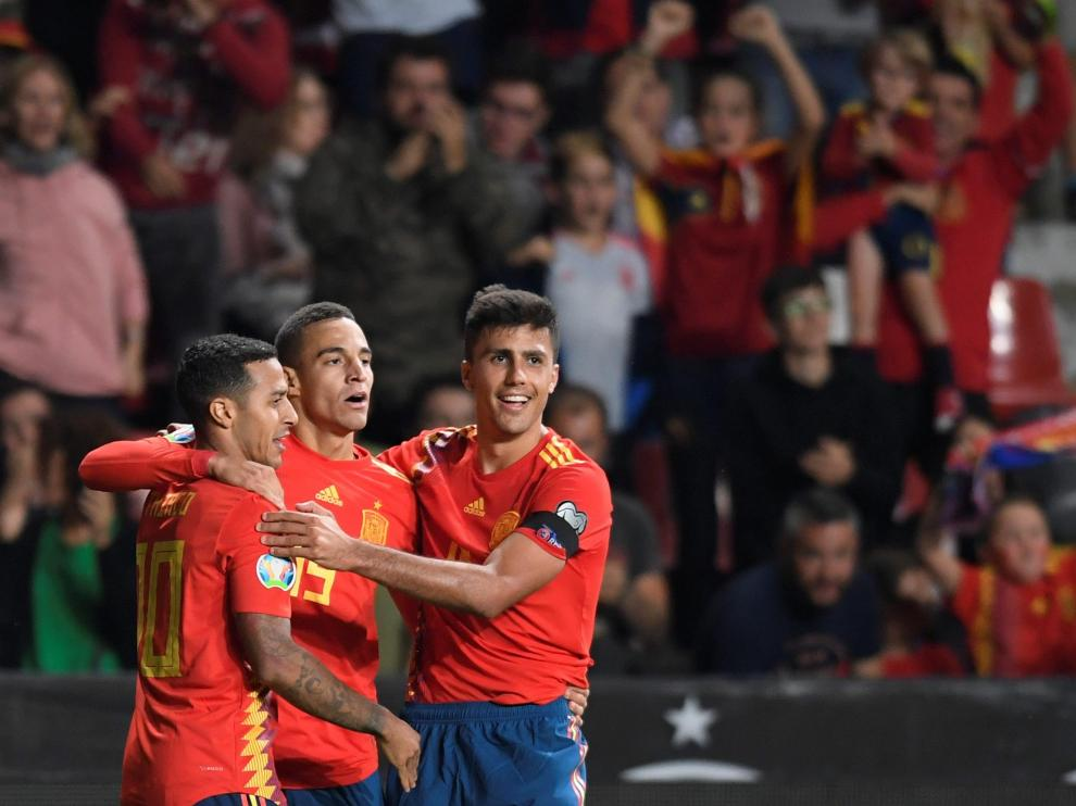 Rodrigo celebrando uno de sus goles
