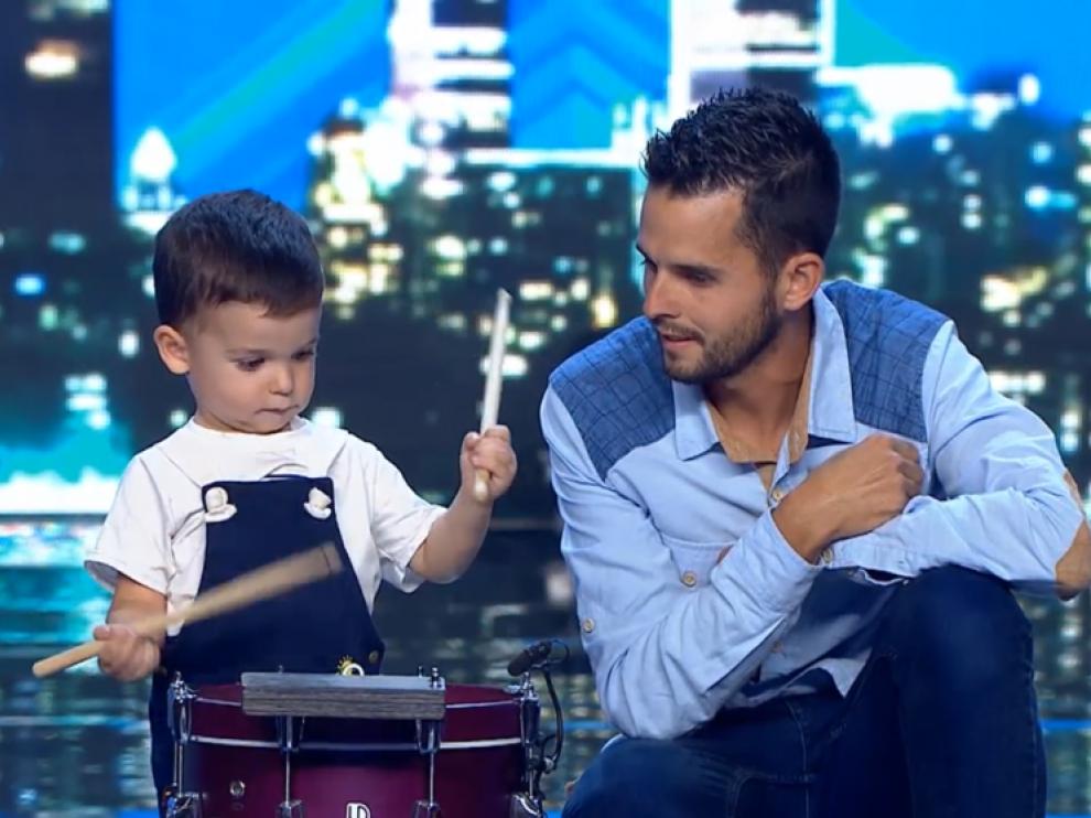 Hugo, el niño de dos años que impresiona tocando el tambor en 'Got Talent'