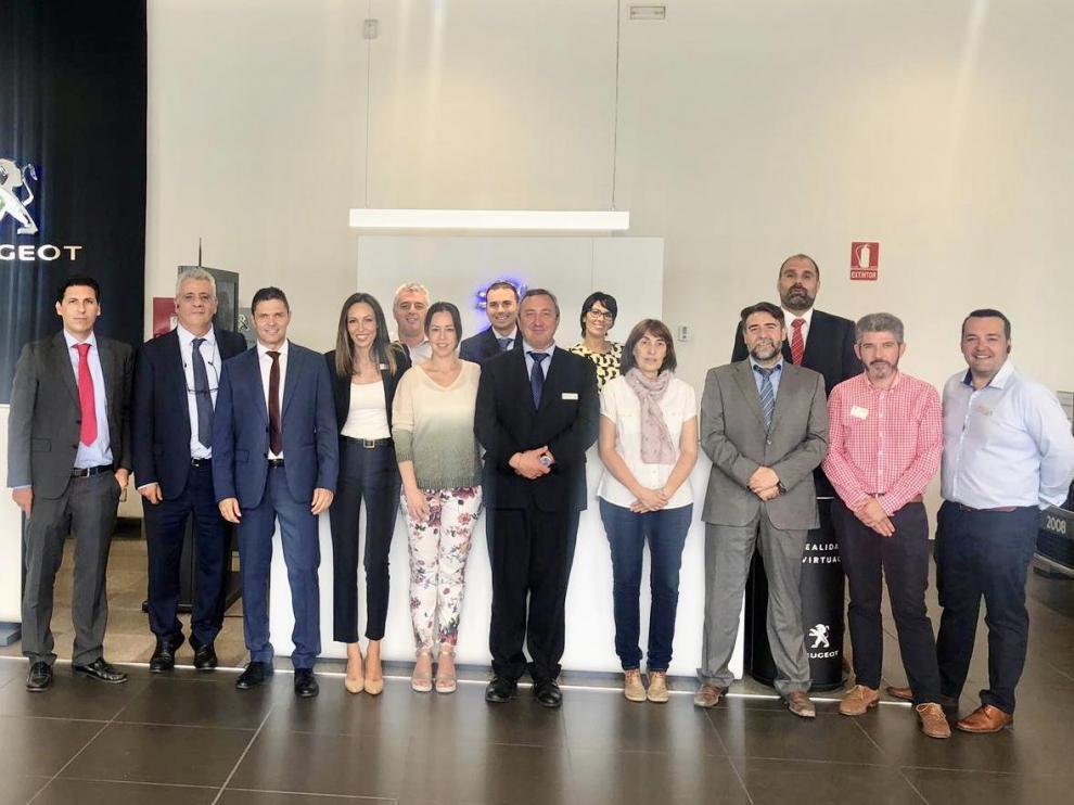 El equipo de Peugeot PSA Retail Zaragoza.
