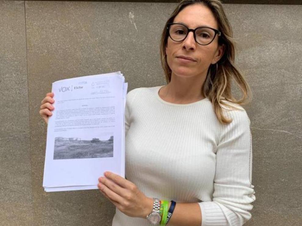 La portavoz de Vox en Elche, Amparo Cerdà, en una imagen de la cuenta de Twitter de su partido.