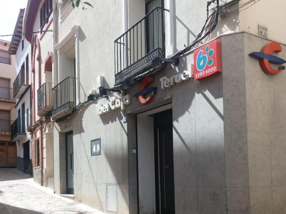 Sucursal bancaria de Ibercaja atacada en Oliete