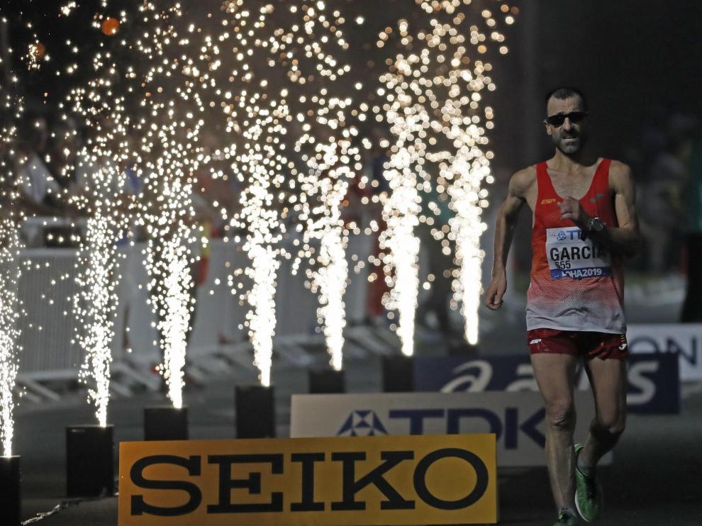Bragado, octavo en marcha a punto de cumplir los 50 años en los mundiales de atletismo.