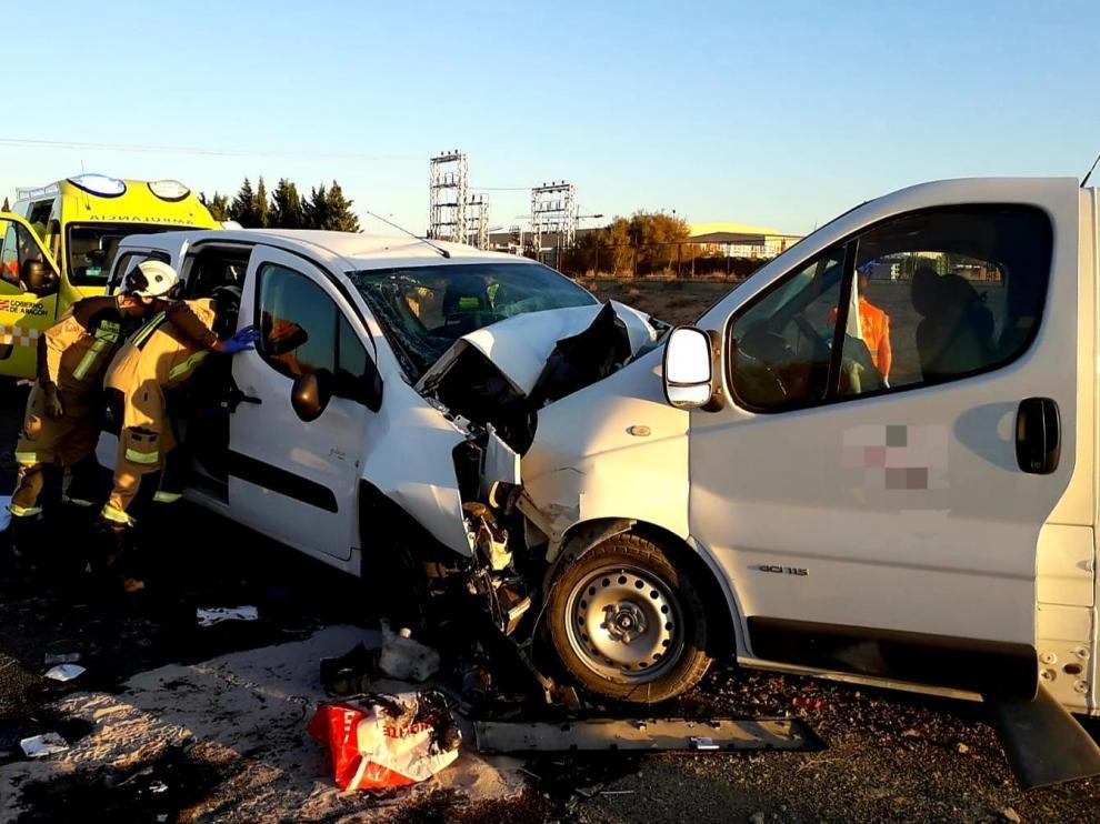 Imagen del accidente de las dos furgonetas