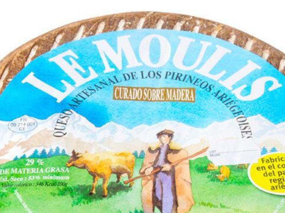 Un queso de la marca Le Moulis.