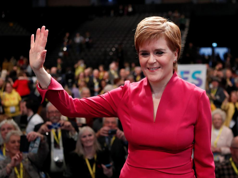 Scotland's First Minister Nicola Sturgeon reacts with the delegates following her speech at the SNP autumn conference in Aberdeen, Scotland, Britain October 15, 2019. REUTERS/Russell Cheyne [[[REUTERS VOCENTO]]] BRITAIN-POLITICS/SNP