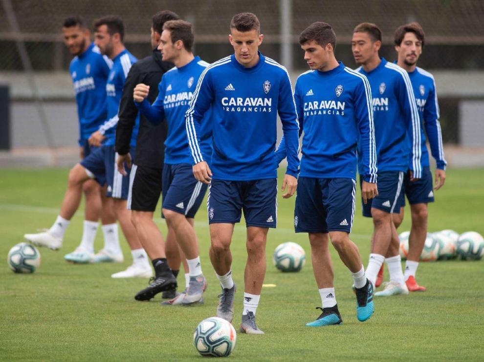 Nieto, Soro, Lasure, Kagawa, Delmás... un momento de un entrenamiento del Real Zaragoza la semana pasada.