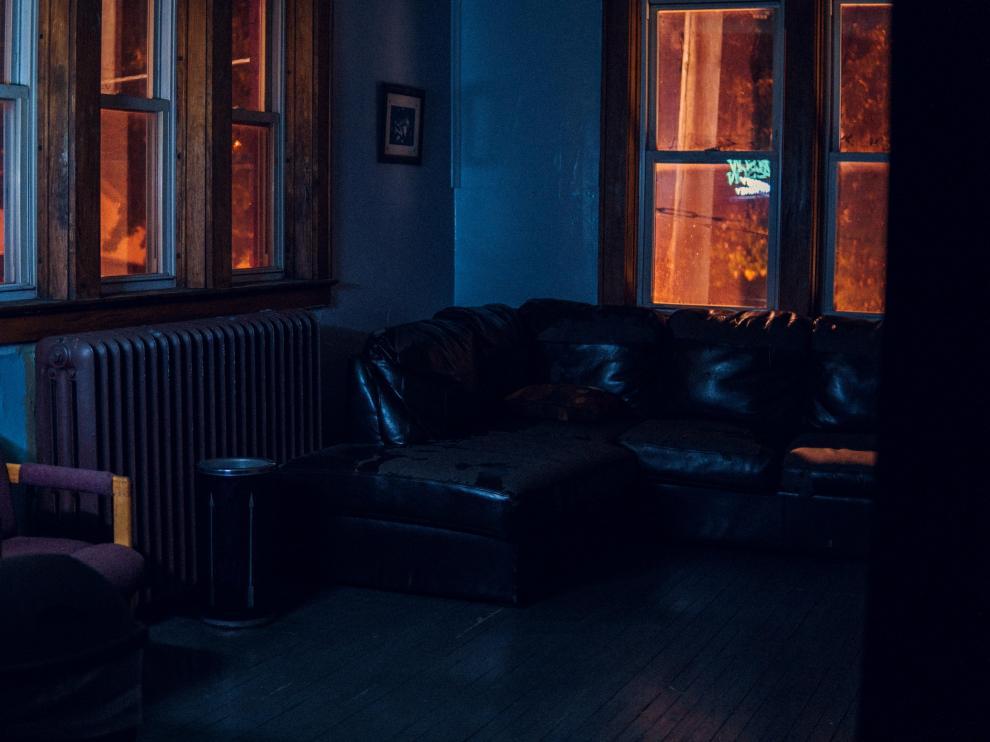 Aunque se intenten apagar todas las luces, no siempre se consigue la oscuridad absoluta por las noches.