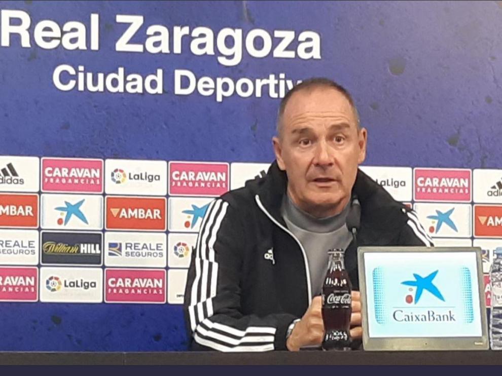 Víctor Fernández, a primera hora de la tarde de este viernes en la Ciudad Deportiva, en la rueda de prensa previa al viaje a Gijón.