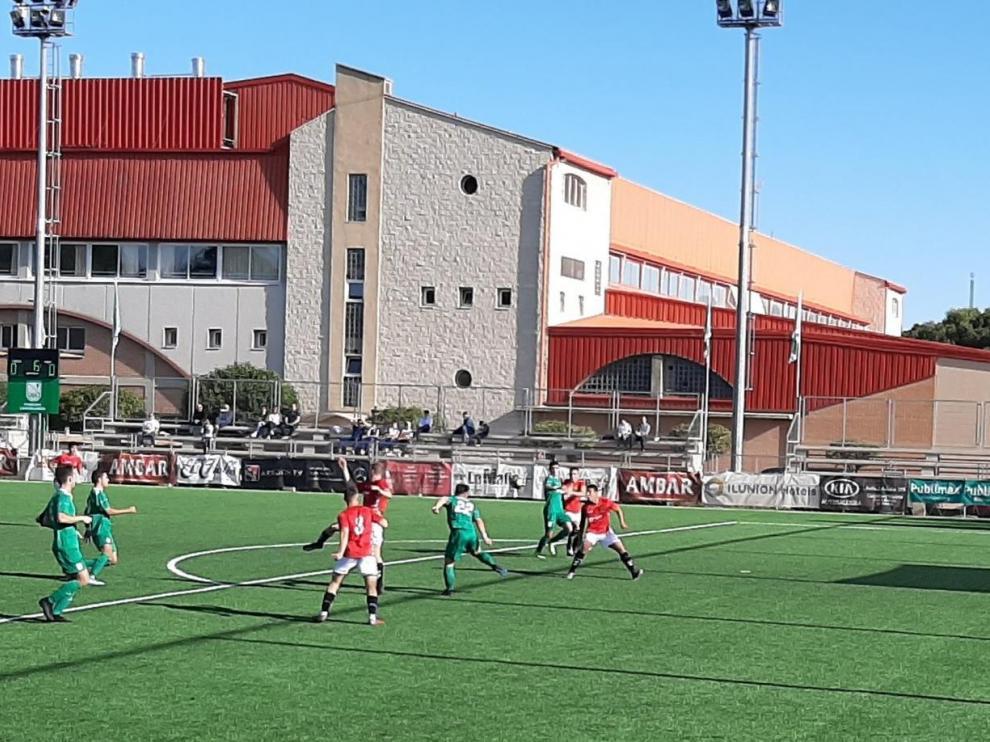 Fútbol. DH Juvenil- Stadium vs. Gimnástic de Tarragona.